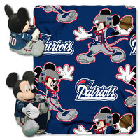 New England Patriots NFL Mickey Mouse with Throw Combo