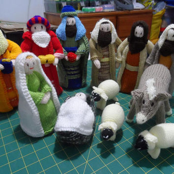Nativity Set -  Nativity Scene Knitted - Christmas Nativity Scene - Three Wise Men - Nativity Set Handmade - Christmas Decoration