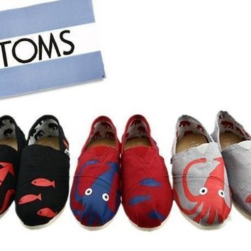 TOMS UNISEX ¡±octopus¡° FLAT SHOES CLASSICS FLAT TOMS SHOES