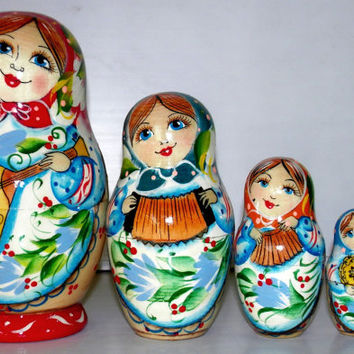 Matryoshka 5pcs 5.6 inch 14cm Nesting Doll, Russian doll, Russian matryoshka doll, Nested doll, Matroschka Folk instruments wood birch