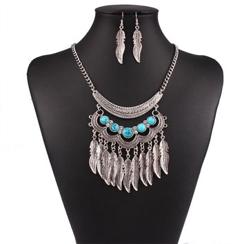2016 Fashion Collar Power choker Vintage Bohemian necklace pendant tassel Silver ethnic big gem maxi Necklace Women fine jewelry