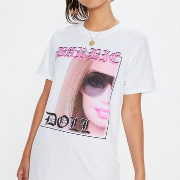 Missguided - Barbie x Missguided White Longline Graphic T Shirt