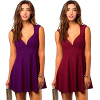 Pure Color Deep V-neck Backless Pleated Short Dress