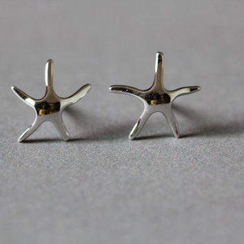 Cute Starfish Stud Earrings, Sterling Silver Starfish Earrings,star Earrings,star stud earrings,Starfish jewelry,gift for her,star jewelry