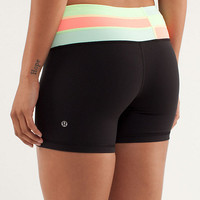 reverse groove short *regular | women's shorts | lululemon athletica