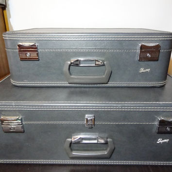 Vintage Skyway Luggage - Marbled Grey Hard Back Suit Cases with Eggplant/Plum Satin Interior - Set of 2 - 26 inch and 21 inch