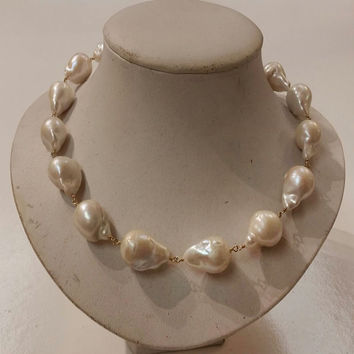 18 inches Gold Filled Wire AA+ 15-20mm Natural White Baroque Pearl Necklace with Toggle Clasp