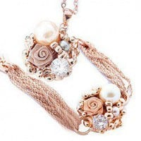 Exquisite Elegant Style Flower and Pearl Embellished Women's Necklace and Bracelet