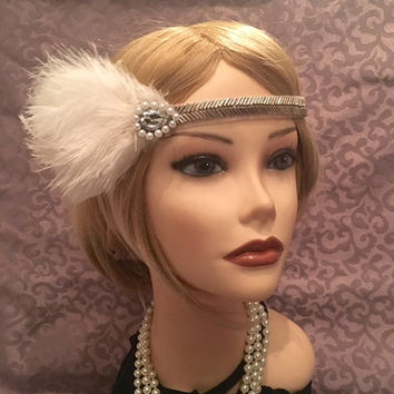 Gatsby Wedding 1920's Art Deco Beaded Pearl Rhinestone Arrow Ostrich Satin 20s Flapper Party Headpiece 1920s Vintage Headdress Feather (693)
