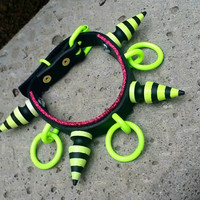 Voodoo- Genuine leather Fuchsia Glitter Neon Yellow O Ring Spiked Bondage Collar