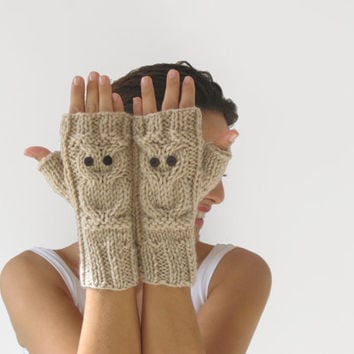 Owl Ecru Fingerless Gloves - Mittens