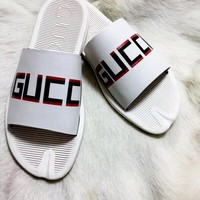 GUCCI 2019 new simple casual wild beach slippers