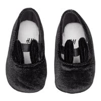 Velour Slippers - from H&M