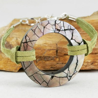 Abalone and leather bracelet, bohemian style bracelet, abalone jewelry, green leather,  body novelties, circular jewelry,