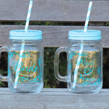wedding party favor, wedding mason mug,bridesmaid gift, bride mug, glass mason mug, mason jar cup, mason jar tumbler, personalized mason jar