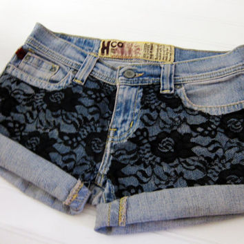 Hipster laced denim shorts.