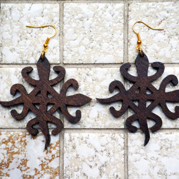 Earrings wood: Adinkra Funtunfunefu lasercut birch plywood, stain coated, african, symbol for unity in diversity