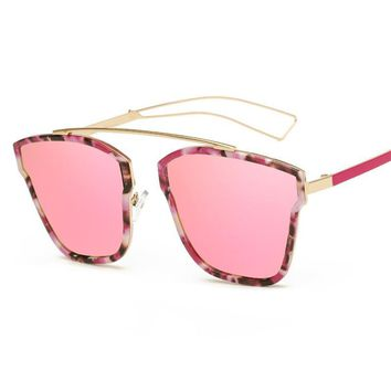 2017 Fashion Round Sunglasses Women Brand Designer Glasses Female Square Flower Frame Cat Eye Sun Glasses Women UV400
