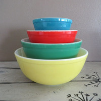 Vintage Pyrex Primary Pyrex Vintage Bowl Set Mixing Bowl  Pyrex Serving Bowl Vintage Kitchen Glass Mixing Bowls Colorful Pyrex