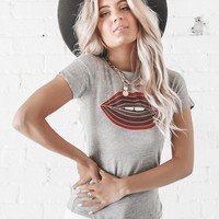 CHASER Glam Lips Tee