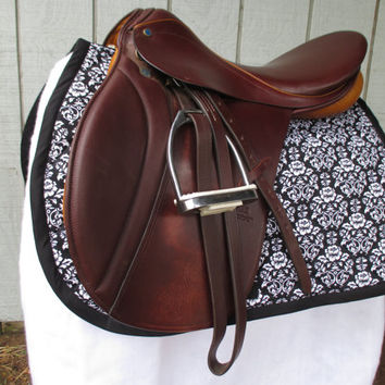English All-Purpose Saddle Pad:  Black and White Damask with Black Trim, Coral Backing