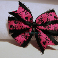 Skull Bow - Hot Pink and Black, Pinwheel Bow - Goth, Punk, Rocker Chic, Macabre, Spooky, Cute, Hair Clip