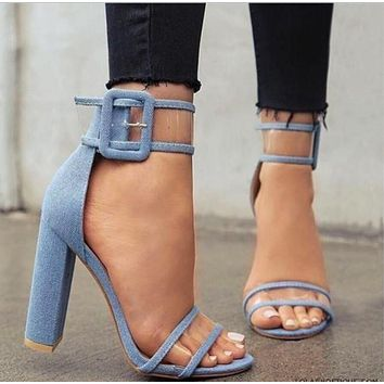 Fashionable plus-size women's shoes with sexy, chunky and high-heeled buckles are hot sellers