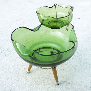 Vintage green glass chip and dip bowl set on wooden stand - Modern art deco chip and dip set