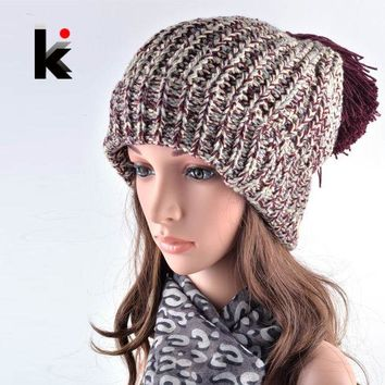 CREYU3C 2016 Fashion Winter Hats For Women Beanies Harajuku Oversized Pompons Beanie Hat Spell Color Ladies Knit Hats