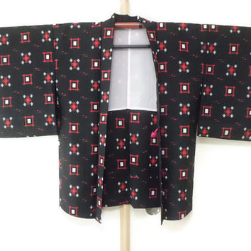Vintage Black Haori with Red White Geometric Ikat Pattern/ Black Kimono Jacket/ Vintage Jacket Fashion/ Traditional Costume JA0017VH