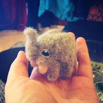 RESERVED FOR LUCY - Needle Felted Elephant, 'Ittybitty'