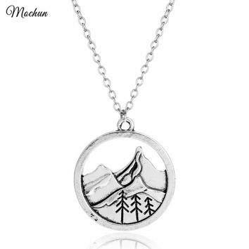 MQCHUN Himalayas Mountain Necklace Wanderlust Rock Climbing Necklaces Pendants Gift for Climbers Travel Vintage Silver Charm