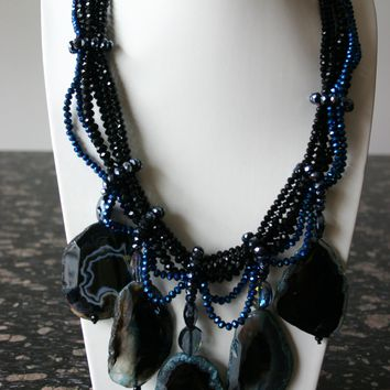 Divine Handcrafted Crystal Chunky Sapphire-Blue Agate Gemstone Necklace