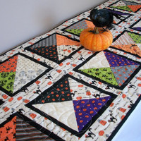 Halloween Table Runner Black Cat Orange Lime Gray Quilted Quiltsy Handmade FREE U.S. Shipping