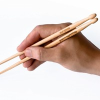 Chopstick Drumsticks : Annoy everyone at the table, drum with your chopsticks