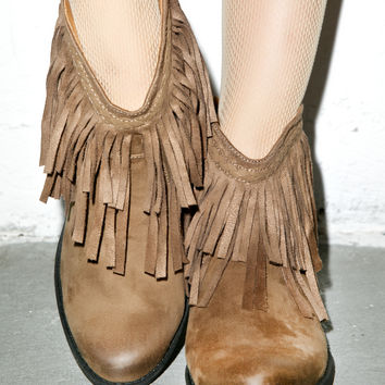 Qupid Cowgirl Sochi Booties Taupe