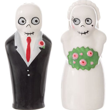 Newlydeads Salt & Pepper Shakers - PLASTICLAND