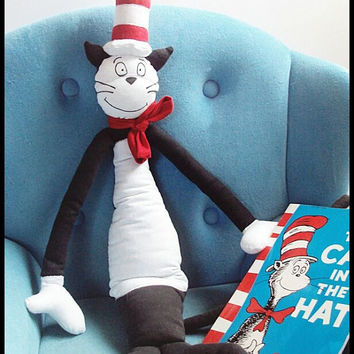 Pattern The Cat In The Hat inspired plushie. Pattern skill level: intermediate (English)