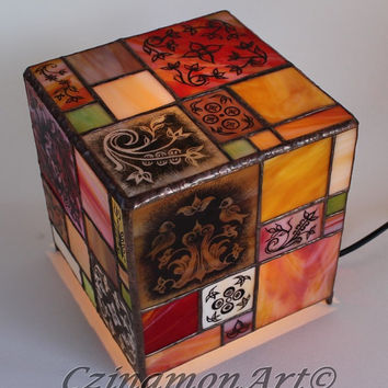Home,Lighting,Tiffany Style Lamp,modern cube shape with hand painted glasses, Stained glass lamp