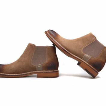 Distressed Suede Chelsea Boots Light Brown