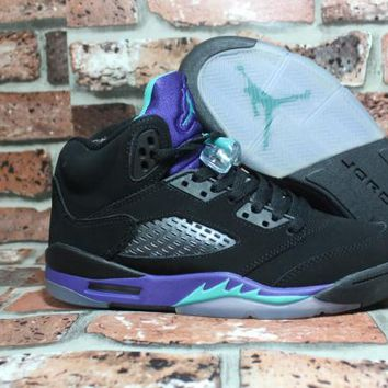 timeless design f44ed 8227f Air Jordan 5 Retro AJ5 Black Grape 440892-007 Size US 5.5-12