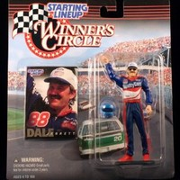 DALE JARRETT / QUALITY CARE 1998 Winner's Circle Starting Line NASCAR Series Action Figure & Exclusive Collector Trading Card