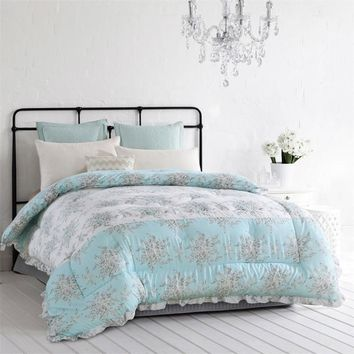 2017 Warm soft comforter for Autumn Winter polyester quilt king queen full size duvet flower printed lace bedding home textile