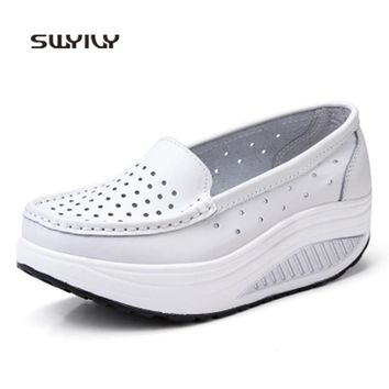 SWYIVY Sneakers Women Toning Shoes Leather Hollow Breathable 2018 Platform Nurse Shoes Light Weight Female Slimming Swing Shoes