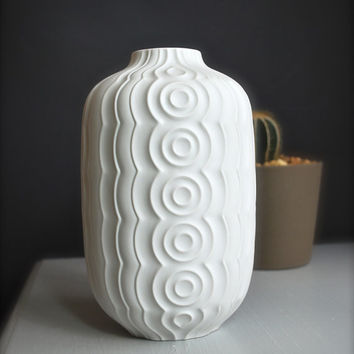 Mid-Centuy West German OP Art Matte White Porcelain Vase by Heinrich
