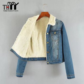 THYY Outerwear Coat 2016 Women Denim Jacket with Lamb Fur Lapel Collar Oversized Fleece Lined Parka Jeans Jacket Winter Warm