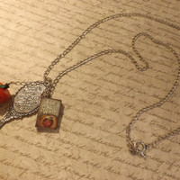 Snow White and the seven dwarfs necklace by GloriouslyCreated