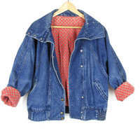Vintage Lined Jean Jacket -- 80s Denim Jacket -- Red Flannel Lining -- Big Collar -- Front Snaps -- Dolman Sleeves -- Womens S / M