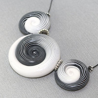 Ombre elegant beads for Jewelry making, color gradient spiral beads, polymer Clay beads in black, gray and white, set of 3