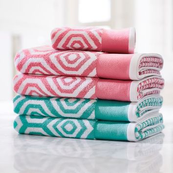 Diamond Pop Towels